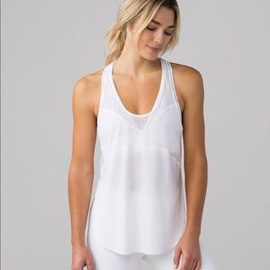 NWT Lululemon Twist and Tran Tank Size 10